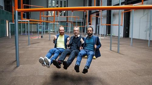 Tate Modern 大型3人鞦韆