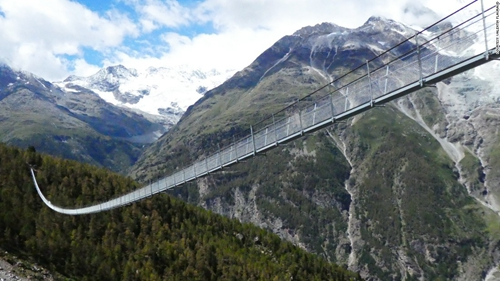 全球最長行人吊橋