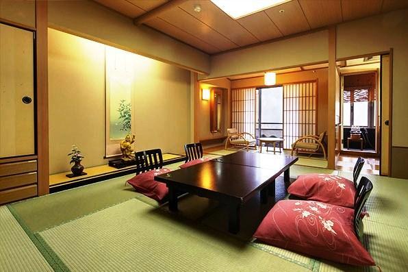 双葉溫泉酒店(Hotel Futaba)