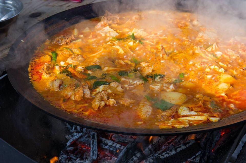 鍋燒辣炒雞湯